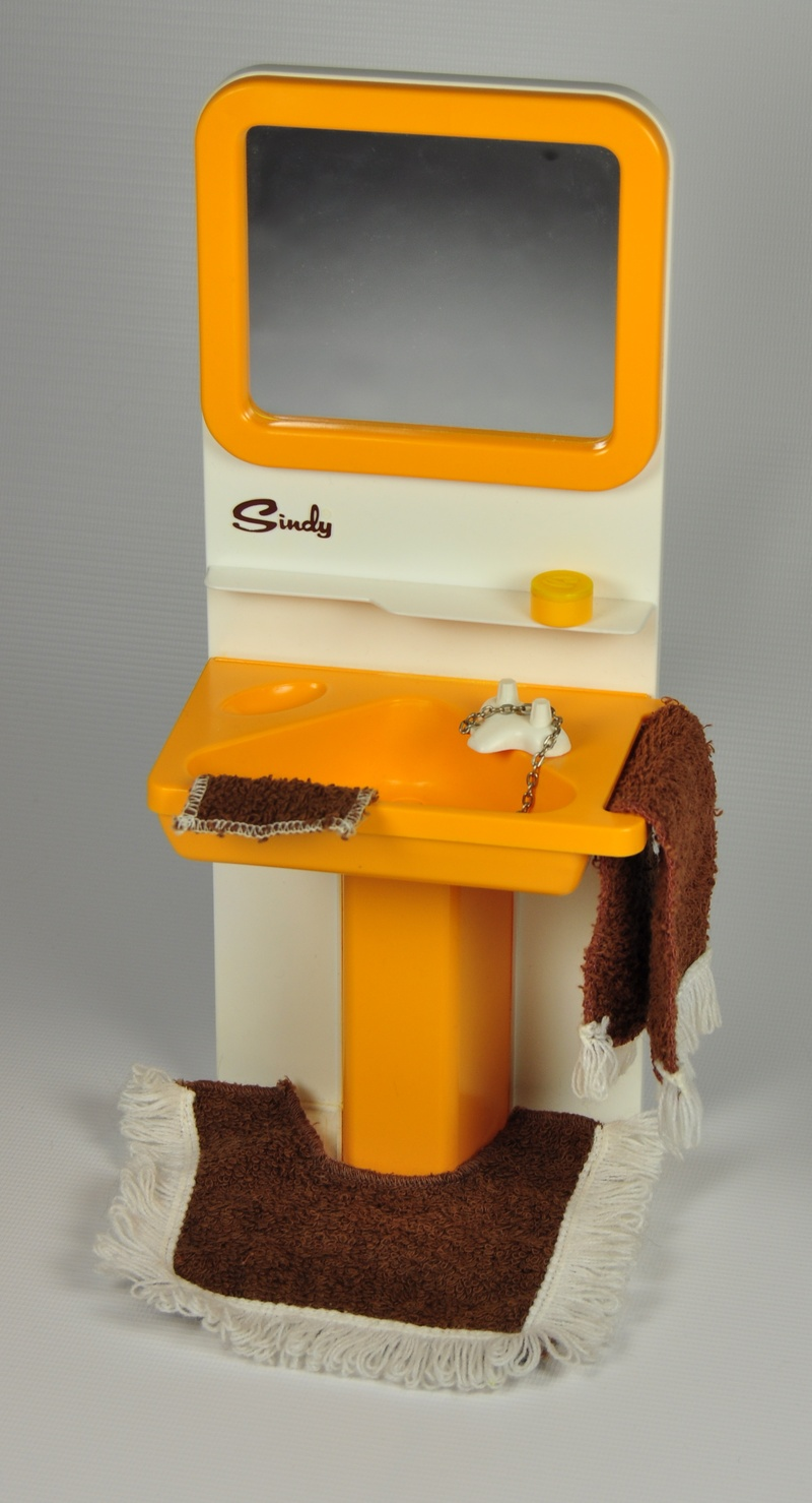 Amazing Vintage Sindy Bathroom Furniture  EBay