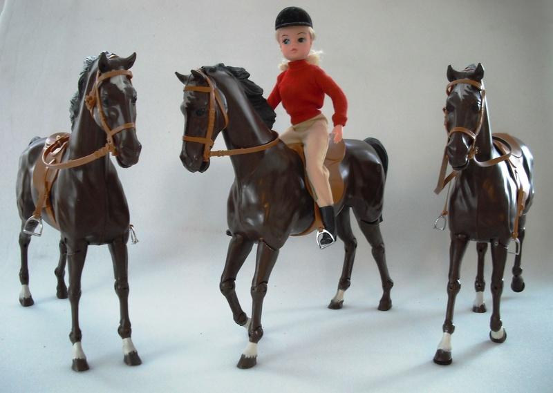 Sindy Vintage Sindy Plastic Horse